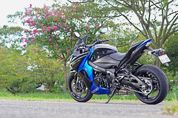 """【スズキ GSX-S1000F 試乗記】これ一台ですべてをまかなえる、ある種の""""アガリ""""バイク01画像"""