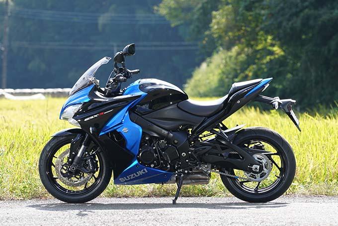 """【スズキ GSX-S1000F 試乗記】これ一台ですべてをまかなえる、ある種の""""アガリ""""バイク09画像"""