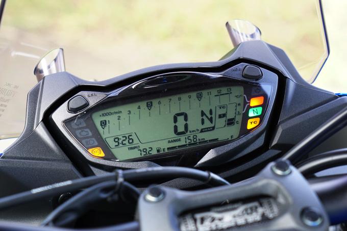 """【スズキ GSX-S1000F 試乗記】これ一台ですべてをまかなえる、ある種の""""アガリ""""バイク15画像"""