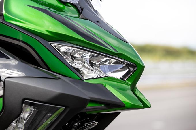 【カワサキ VERSYS 1000 SE 試乗記】バイクの楽しさはそのまま、疲れを軽減するSHOWAスカイフックテクを採用した2021年式欧州モデルをインプレッションの10画像