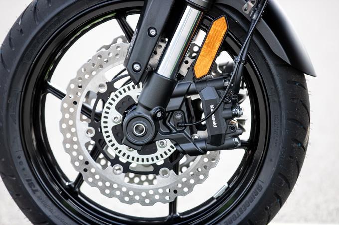 【カワサキ VERSYS 1000 SE 試乗記】バイクの楽しさはそのまま、疲れを軽減するSHOWAスカイフックテクを採用した2021年式欧州モデルをインプレッションの13画像