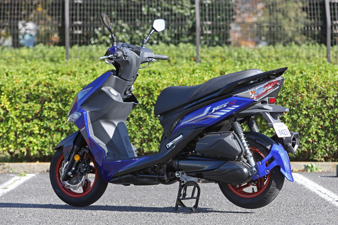 【SYM ジェットS 試乗記】軽いハンドリングと強力なダッシュが楽しい台湾発の125ccスポーツスクーターの04画像