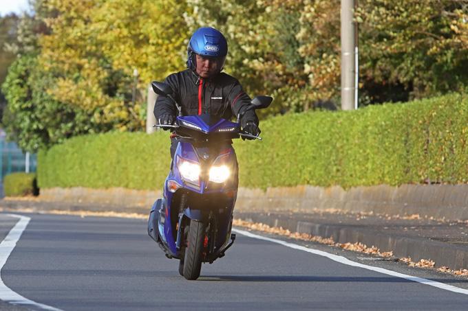 【SYM ジェットS 試乗記】軽いハンドリングと強力なダッシュが楽しい台湾発の125ccスポーツスクーターの09画像
