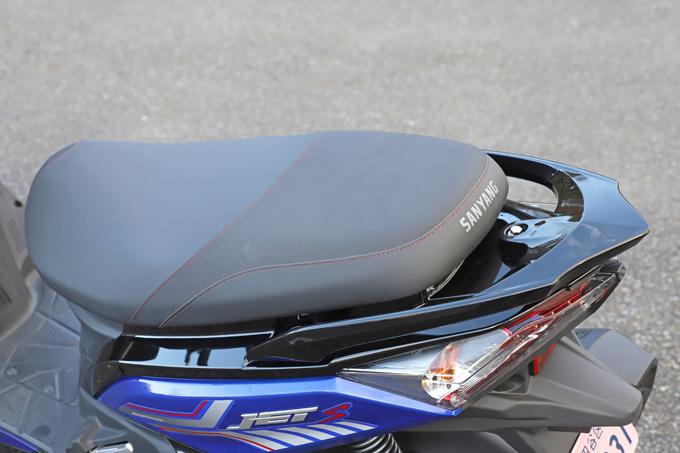 【SYM ジェットS 試乗記】軽いハンドリングと強力なダッシュが楽しい台湾発の125ccスポーツスクーターの17画像
