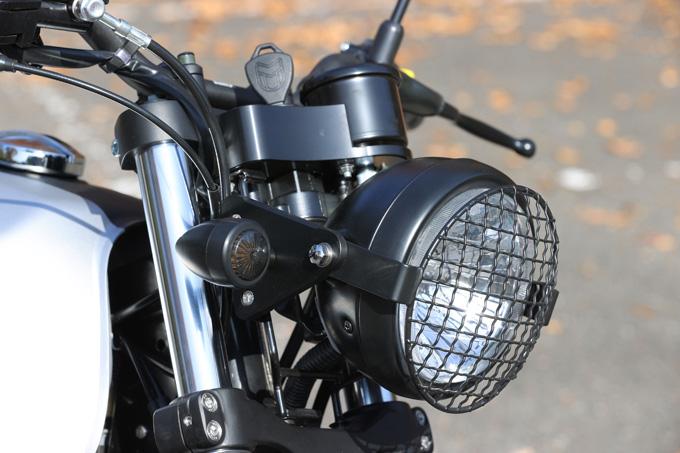 【マット アキタ250試乗記】イギリスのビルダーが生み出した、空冷単気筒のカスタムバイクの11画像