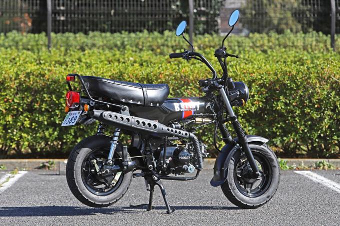 【ブリット ヘリテイジ50 試乗記】バイクの楽しみ方の原点を知るベルギー発の50ccレジャーマシンの02画像