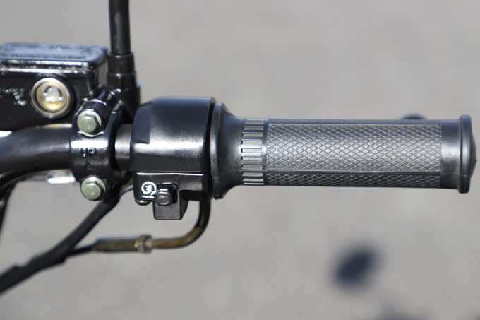 【ブリット ヘリテイジ50 試乗記】バイクの楽しみ方の原点を知るベルギー発の50ccレジャーマシンの13画像