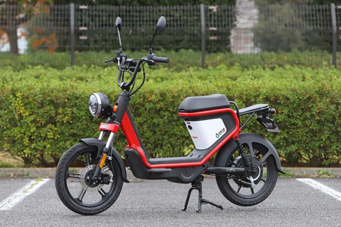 【ゴッチア GEV600 試乗記】イタリアンデザインが魅力の気軽に乗れる電動スクーターの03画像
