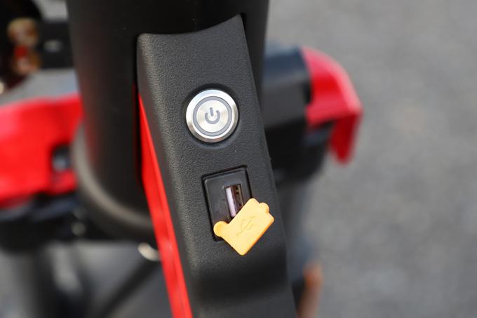 【ゴッチア GEV600 試乗記】イタリアンデザインが魅力の気軽に乗れる電動スクーターの15画像