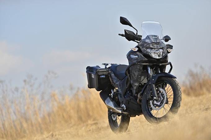 【カワサキ ヴェルシスX250ツアラー 試乗記】長距離&悪条件で真価を発揮する、250ccアドベンチャーツアラーの01画像