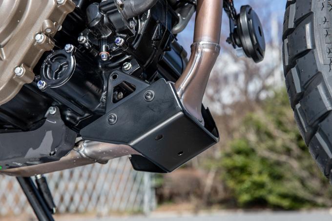 【ハスクバーナ スヴァルトピレン 125 試乗記】高回転型エンジンの旨味を堪能できる、400ccクラスのブレーキ&サスペンションの19画像
