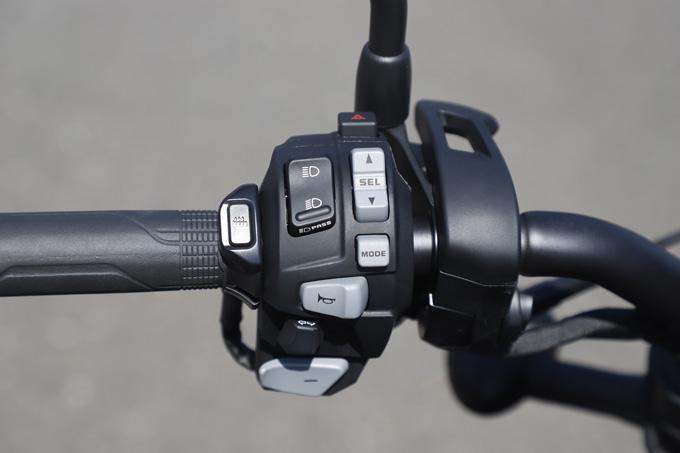 【ホンダ レブル1100 DCT 試乗記】ホンダの新世代クルーザーの長兄は乗りやすく、スポーティな走りもおまかせ12画像
