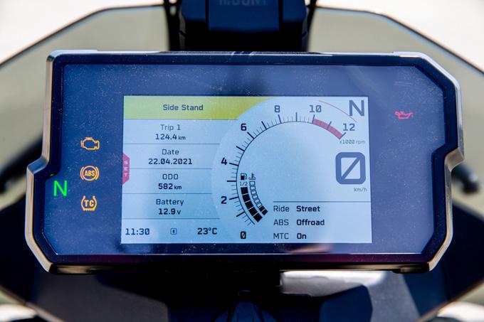 【KTM 890 ADVENTURE 試乗記】ストレスフリーなミドルアドベンチャー、ここに誕生!の09画像