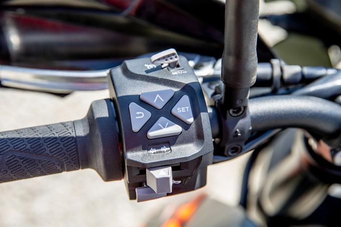 【KTM 890 ADVENTURE 試乗記】ストレスフリーなミドルアドベンチャー、ここに誕生!の10画像