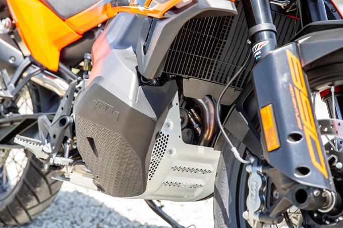 【KTM 890 ADVENTURE 試乗記】ストレスフリーなミドルアドベンチャー、ここに誕生!の20画像