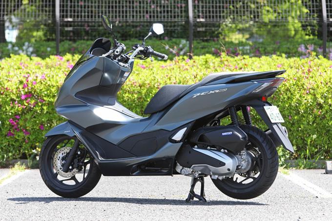 【ホンダ PCX160 試乗記】人気の軽2輪スクーターがフルモデルチェンジ!排気量アップ&各部がさらに進化して登場の04画像