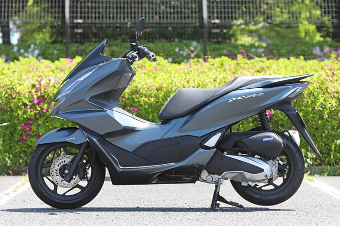 【ホンダ PCX160 試乗記】人気の軽2輪スクーターがフルモデルチェンジ!排気量アップ&各部がさらに進化して登場の画像の07画像