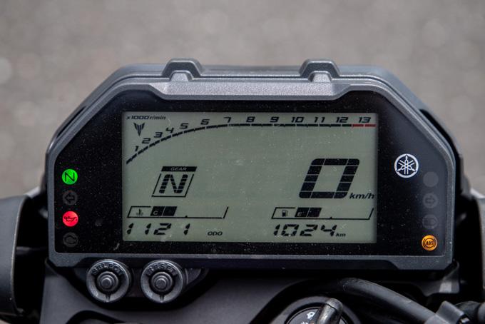 【ヤマハ MT-03 ABS 試乗記】強靭な足回りが全てを肯定してくれるバトルマシンの09画像