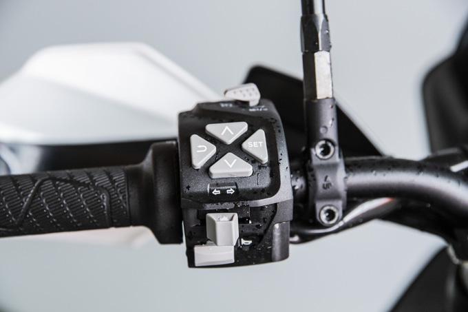 【KTM 890 ADVENTURE/R試乗記】パンチが増して林道トレックもより快適に、アドベンチャーを超えたガチオフ性能だ!の18画像