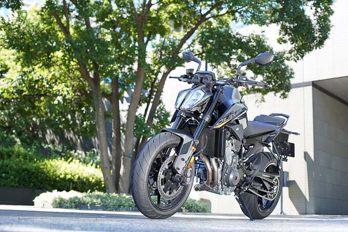 【KTM 890 DUKE 試乗記】とびきりのスポーツ性能と扱いやすさが共存のmain画像