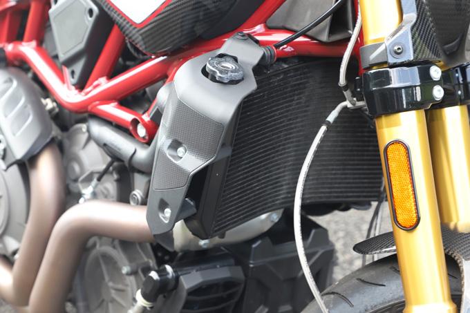【インディアン FTR Rカーボン 試乗記】迫力のフラットトラック・レーサーレプリカが扱いやすいロードスポーツへと進化の19画像