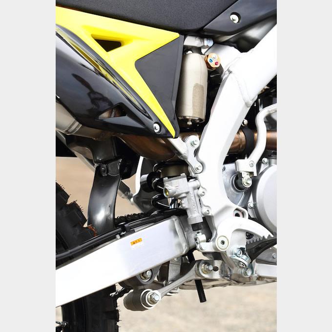 スズキ 2017 RM-Z250 / 450 スペック&インプレッション