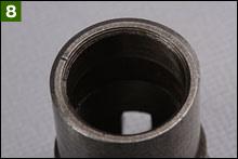 ポイントカムを復元する際には、先端側の上面にある刻線とベース本体の丸穴が一致する側でポイントカムを復元する。