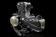 エンジンの基本やクランク、ピストンは1098と共通だが、クランクケースは1198と同じ真空ダイキャスト製で、3kgも軽い