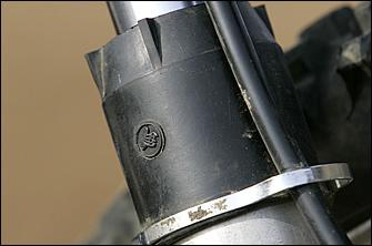 フロントフォークにはブルタコのモトクロッサー用を組み込む。