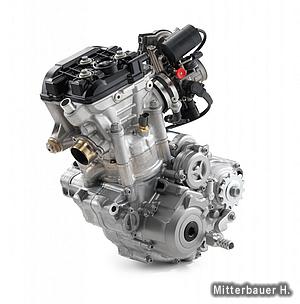 更に小型軽量化されたエンジン