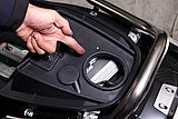 SEEDには坂道など高負荷が続いた際にモーターを保護するブレーカースイッチが装備されている。バッテリー残量が十分なのに動かない時は、まずココをチェック!