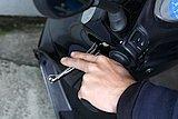 SEEDの場合、ブレーキの遊び(握っても効いてない部分のこと)は、レバー先端で6~8mmが適正だ。