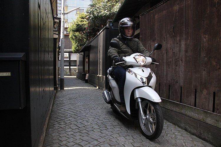 神楽坂の「かくれんぼ横丁」は、その名の通り迷路のようになっていて、本当にかくれんぼができそうな雰囲気だ