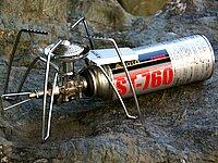マイクロレギュレーター搭載の姉妹機種として、カセットガス使用のスパイダータイプST-310(6,300円)もある。