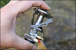 マイクロレギュレーターストーブ 「SOD-300」。小さなボディには、新富士バーナーの新技術が凝縮されている。