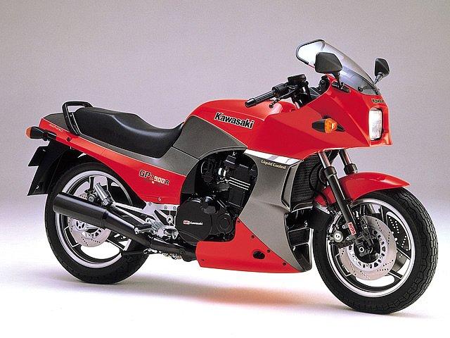 カワサキ GPZ900Rの画像