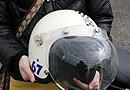 ヘルメットは、シンプルながら可愛らしいデザインが印象的なスモールブコをチョイス。バブルシールドとの組み合わせがGOOD!!