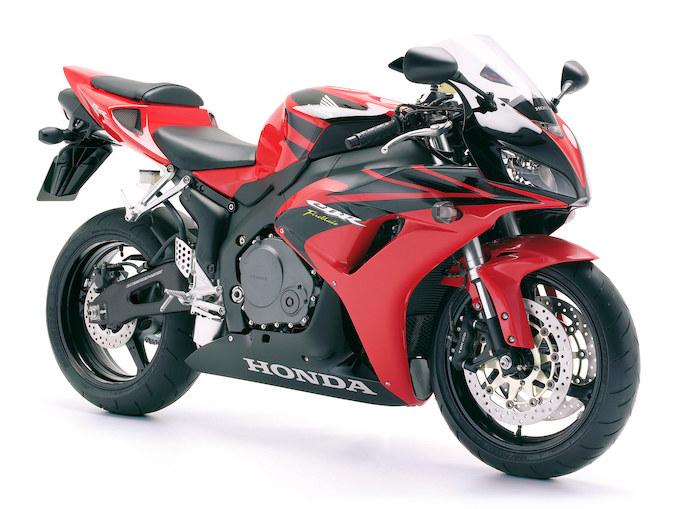 スーパースポーツフラッシュバック!! ホンダ・CBR1000RR(2006-2007)の画像