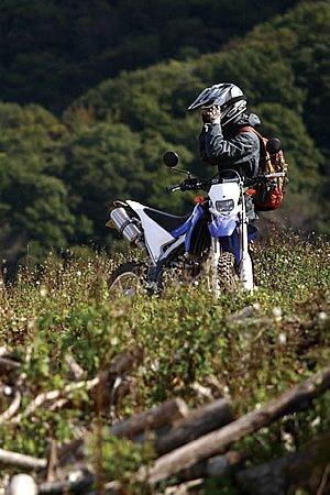 オフロードバイクに乗るときは専用装備なの?