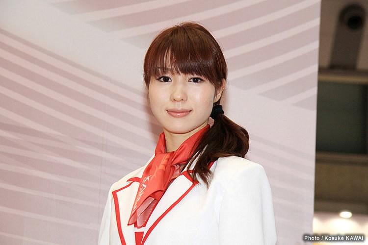 関東自動車工業株式会社 東京モーターショー2011 コンパニオンチェック...