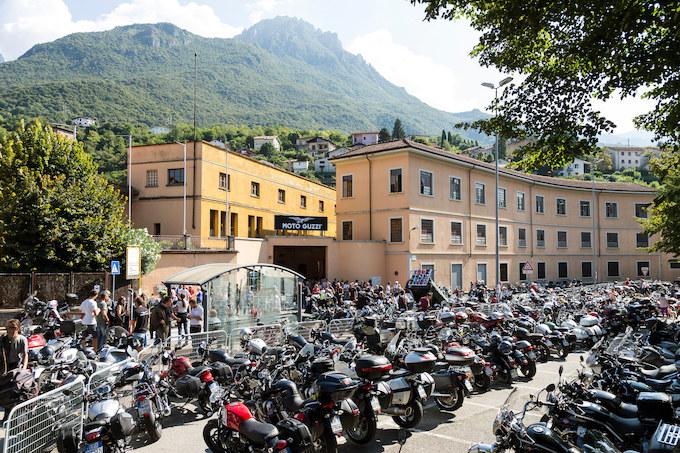 【モトグッツィ海外レポート1】イタリア本社で開催された3日間のイベントに3万人ものファンが集まった