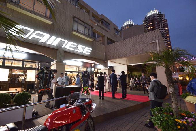 ジャコモ・アゴスチーニ氏をゲストに迎えた「ダイネーゼ台場」移転リニューアル記念イベントのメイン画像