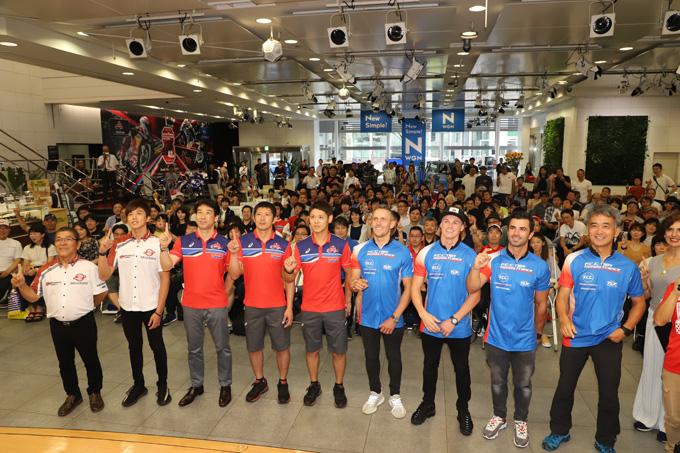 ホンダが8耐参戦3チームを集め「決勝直前! 鈴鹿8耐ファンミーティング」を開催の画像04