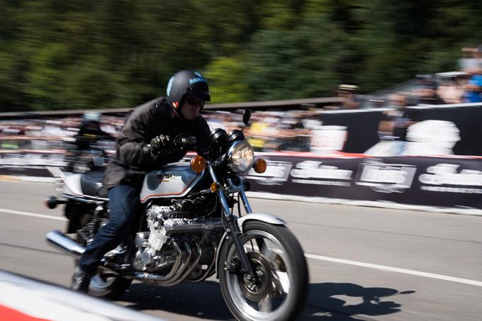 ドラッグレースを中心としたドイツのカスタムバイクイベント「2019Glemseck101/グレムセック・ワンオーワン」のメイン画像
