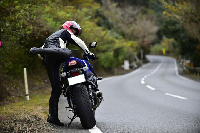 走り出した瞬間、「お! なんか軽い」ダンロップの新ツーリングタイヤ「ロードスマートⅣ」を体感した試乗インプレッションの画像03