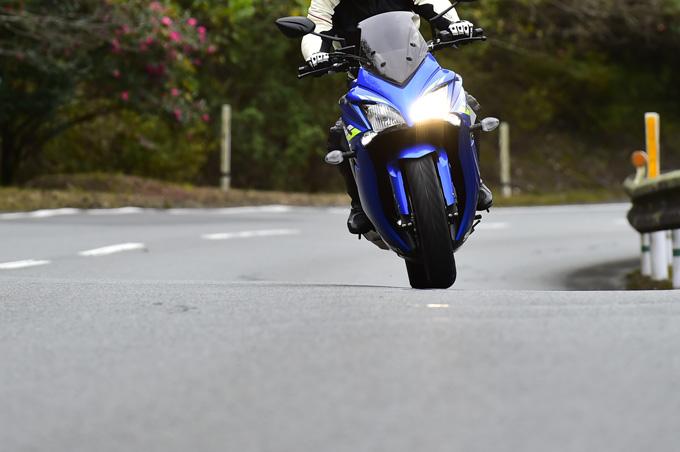 走り出した瞬間、「お! なんか軽い」ダンロップの新ツーリングタイヤ「ロードスマートⅣ」を体感した試乗インプレッションの画像07