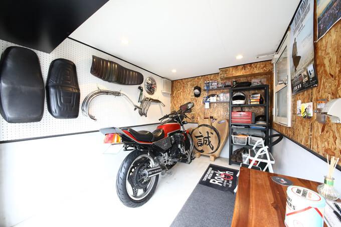 【新型コロナに負けるな!ガレージライフ】10代の頃夢に描いていたバイクガレージのある家を実現のメイン画像