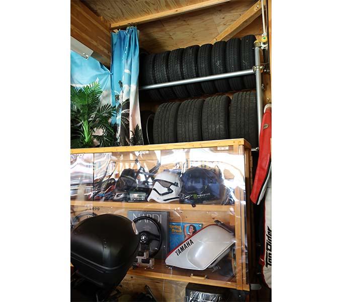 【新型コロナに負けるな!ガレージライフ】オトーサンがDIYでコツコツと仕上げ、親子で楽しめる素敵なガレージを構築の画像06
