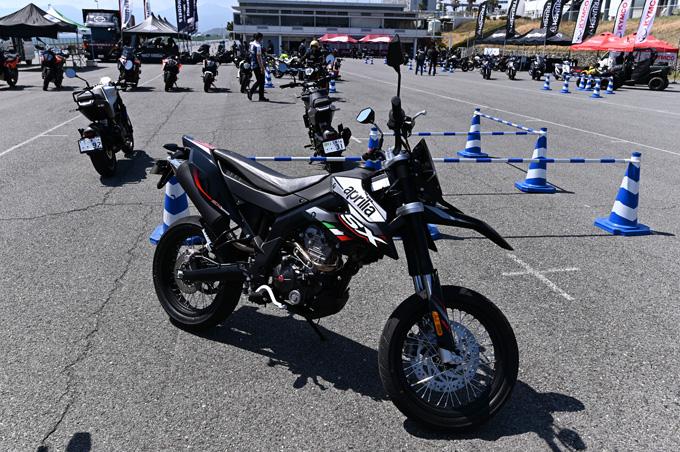 話題のaprilia RS660も試乗!第6回JAIA輸入二輪車試乗会・展示会 aprilia・MOTO GUZZI・Vespa レポートの画像06