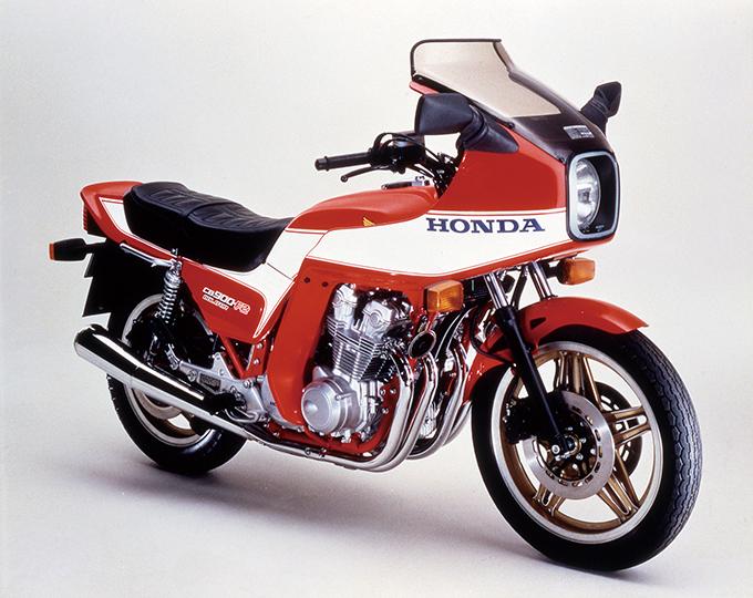CB-Fヒストリー1981年編/ホイールデザインを変えFブレーキを2P化の画像